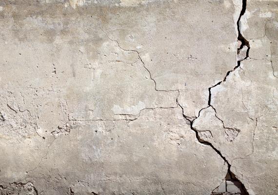 A talajban található radon a falak repedésein vagy például a csatornarendszer közreműködésével könnyen a lakás levegőjébe juthat. Kattints ide, és tudj meg róla többet!