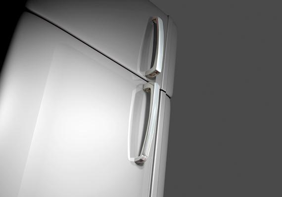 A mentesség érvényes az olyan nélkülözhetetlen konyhai és háztartási felszerelésekre, mint például az edények, emellett egy hűtőre és egy mosógépre is.