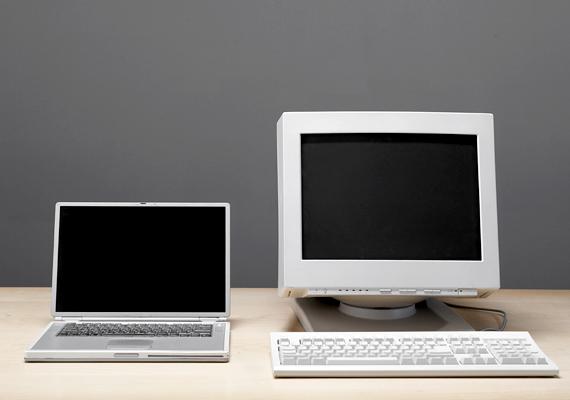 A tévén kívüli szórakoztató elektronika, a játékkonzol, a nagy teljesítményű hangfalak és a számítógép fogyasztása is jelentős részét kiteheti a lakás áramfogyasztásának, nem árt ezért ezekre is odafigyelned. Ha a számítógép a munkádhoz szükséged, érdemes idővel laptopra vagy energiatakarékosabb monitorra váltanod. Ha hagyományos monitorod van, ügyelj rá, hogy legalább ezt kikapcsold, ha éppen nem használod a gépet.