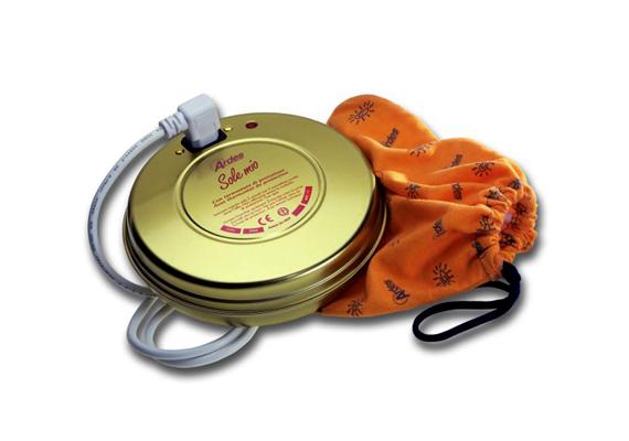 Az Ardes 070X Sole Mio ágymelegítője három órán át biztosít meleget. Az Anno Store kínálatában 5486 forintért kapható.