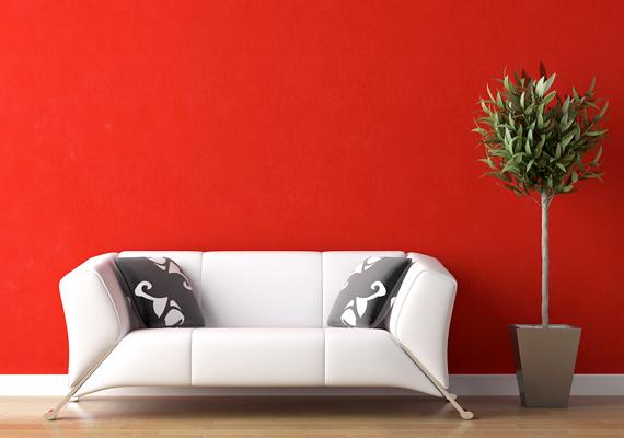 Ha úgy érzed, túlságosan pesszimista vagy, és szeretnéd, ha vidámabban telnének mindennapjaid, érdemes a pirosat akár nagyobb mennyiségben is alkalmaznod a lakásban, viszont nem mindegy, melyik árnyalatát. A túl élénk, vibráló vöröset - mint ami a képen is látható - inkább kerüld.