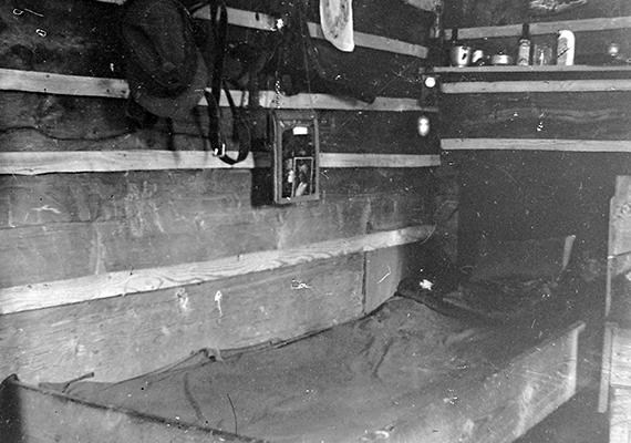 Itt hajthatta néha békésebb álomra a fejét egy katona az első világháború idején, 1917-ben.