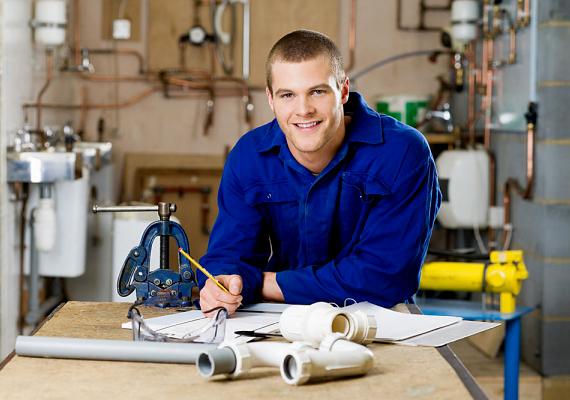 A karbantartás hiánya, illetve egy nem megfelelően működő készülék, egy levegős radiátor, egy rossz kazán vagy csöpögő csap drasztikusan megemelheti a rezsiköltségeidet. Érdemes évente egyszer mindent ellenőriztetni szakemberrel.