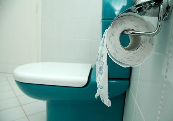 Ha régi típusú tartállyal rendelkezik a WC-d, és nem nyomógombos, rengeteg vizet fogyaszthat el feleslegesen. Hosszú távon a csere nagyon is megtérül.