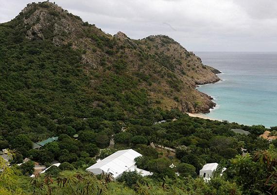 Van egy ingatlana, pontosabban öble a Karib-tengeri St. Barts - St. Barthélemy - szigetén is.