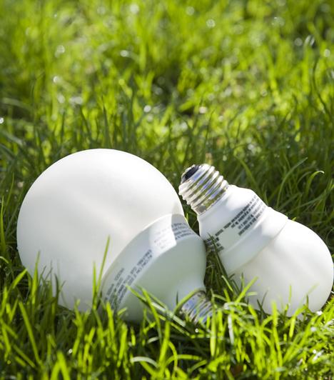 Energiatakarékos izzó                         Egy energiatakarékos izzóval rengeteget spórolhatsz a villanyszámlán, ráadásul már számtalan típus kapható.
