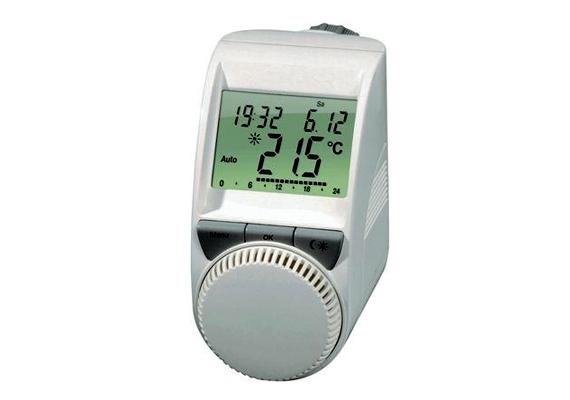 Ez a digitális termosztát többek között az electronic.hu webáruházban kapható, itt 9990 forintért. Segítségével a hét minden napjára három időzónát lehet beállítani különböző hőfokkal.
