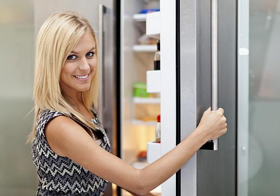 A hűtőt is szagtalanítod, ha a mosóvízhez kevés szódabikarbónát ia adagolsz.