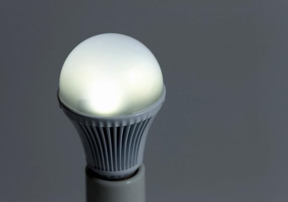 A ledes fényforrások jóval kevesebbet fogyasztanak, emellett élettartamuk is kimagasló.