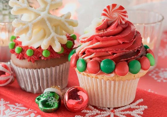Bögrés süti                         A bögre a legjobb konyhai mérőeszköz, egyszerűen csak emeld le a polcról a kedvenc darabodat, mérd ki vele a hozzávalókat, keverd jól össze, adj hozzá bármit, amihez éppen kedved van, vagy úgy gondolod, hogy finom lesz tőle a kész sütemény, tedd formákba, told be a sütőbe, és várd meg, míg kész lesz, ennél egyszerűbb nem lehet egy sütemény.