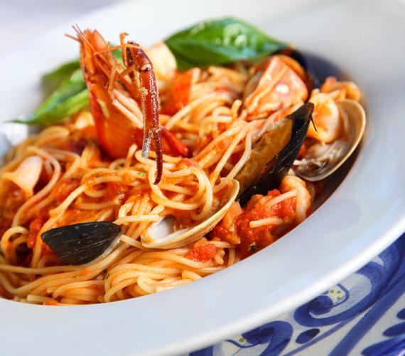 A tenger temérdek élőlény otthona, ezek közül szinte bármit megfőzhetsz, és egy jó adag spagettivel elkeverve finom és egészséges vacsorát varázsolhatsz belőle. Isteni tészta tonhallal »