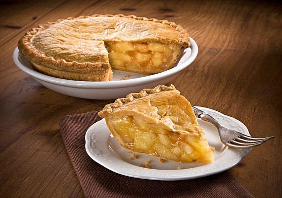 Almás piteA két tésztaréteg közé sütött reszelt alma generációk óta mindenki kedvence. Persze a nagyi készíti a legjobbat, de azért próbálkozz te is bátran, előbb-utóbb olyan lesz, amilyennek szereted.