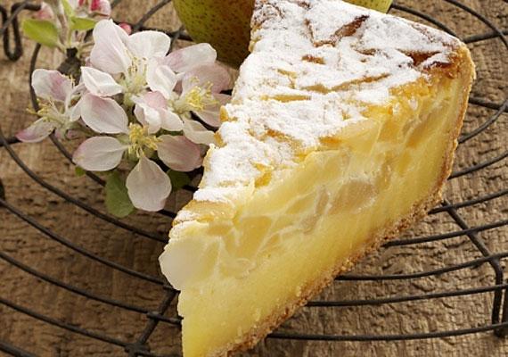 Almás-túrós süteményA túró remekül illeszkedik bármilyen gyümölccsel, ha süteményről van szó. Nincs ez máshogy az alma esetében sem, együtt remek párost alkotnak, amiből az elkészültét követő pár órán belül jó eséllyel egy morzsa sem marad.