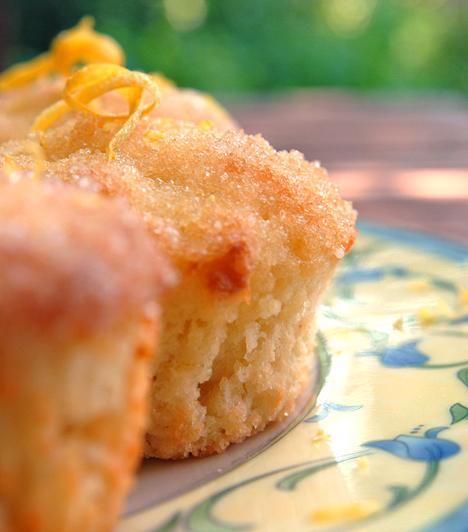 Citromos muffin  Könnyű, frissítő sütemény, ami percek alatt elkészül.  Kapcsolódó receptek: A 4 legfinomabb nyári édesség - Szerintünk »
