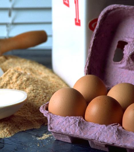 PanírA rántott hús elkészítése nem nehéz, kell hozzá pár szelet hús, tojás, só, liszt és zsemlemorzsa, no meg olaj. A húst először forgasd lisztbe, majd felvert tojásba, végül a zsemlemorzsába, és forró olajban süsd ki.Kapcsolódó cikk:Így készítsd el a tökéletes rántott húst! »