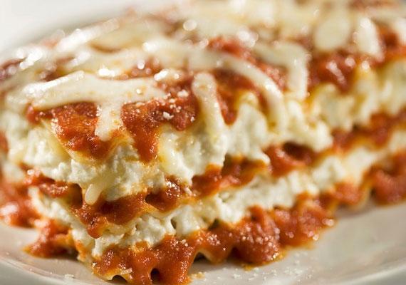 Olaszos lasagne csirkehússal.