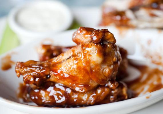 A mézes-fokhagymás csirke igazi különlegesség.