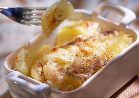 A rakott krumplit nem lehet megunni, sokféleképpen elkészítheted.