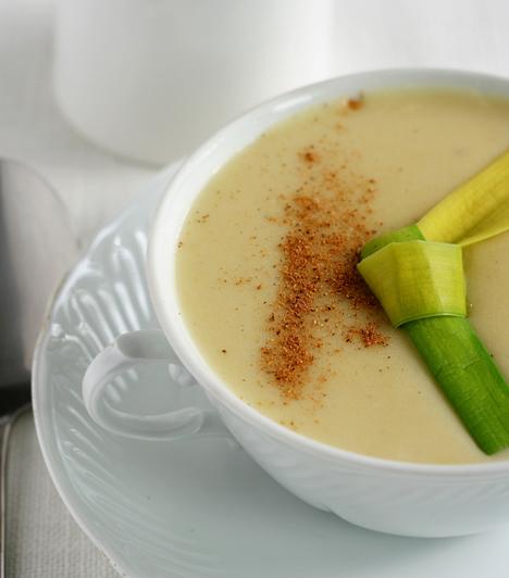 Levesek  A krumpli tökéletes arra, hogy levesként feltálald. Ha pedig krémlevest készítesz, akkor keresve sem találhatsz jobb sűrítőanyagot.  Kapcsolódó receptek: 4 gyorsan elkészíthető, finom krémleves »