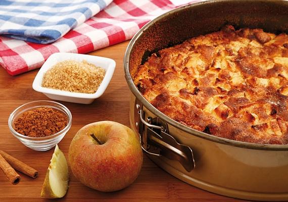 Klasszikus almás pite                         Ha létezne kimutatás az ősszel legtöbbet sütött sütifélékről, minden bizonnyal az almás pite vezetné azt. Ez az a süti, ami minden alkalomhoz pompásan passzol, képtelenség nem szeretni, és mindezek mellé viszonylag egyszerűen össze is dobhatod. Itt az elronthatatlan recept, örvendeztesd meg magad és kisebb kompániádat ezzel az édességgel!