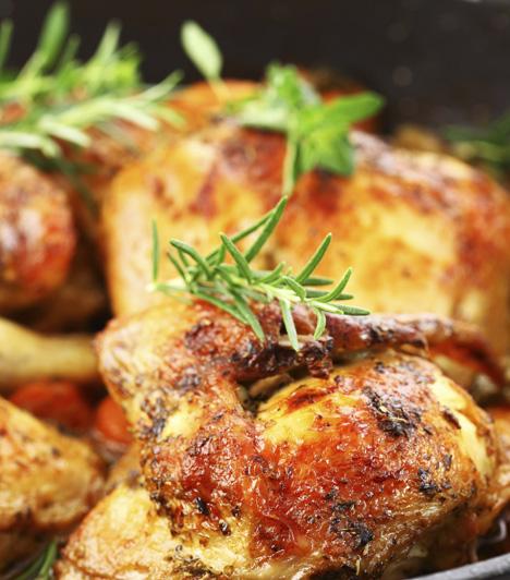 Mustáros csirkeszárnyak  Meccsnézéshez, vendégváráshoz, vagy bármilyen alkalomra tökéletes ropogtatnivaló.  Fűszeres, ropogós és olcsó »