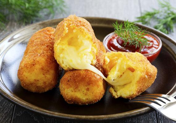 KrokettA krokett a krumplipüré továbbfejlesztett változata, az egyik legnépszerűbb köret, amiből a házilag készített fényévekkel finomabb a mirelit változatnál, ezért mindenképpen megéri a macerát. Készítheted egyszerűen krumpliból, de adhatsz hozzá sajtot, paradicsomot vagy bármilyen finom zöldséget, fűszert. Itt megtalálod az alapreceptet, amit hangulatod szerint bővíthetsz.