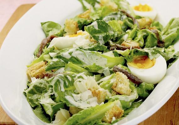 Egy könnyű, de tápláló saláta bármikor jólesik. Ropogós Cézár-saláta »