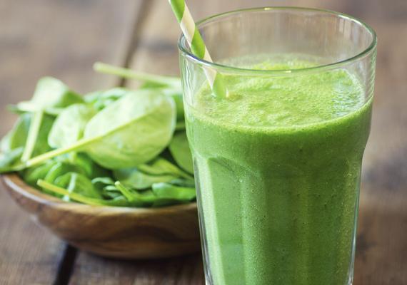 Spenót                         A zöld levelű növények köztudomásúan jó hatással vannak az egész szervezetre, és nem kell megijedni a nyers turmixos fogyasztásuktól. Az alma például egész jól elnyomja a spenót ízét, és meglepően finom ital lesz a végeredmény.