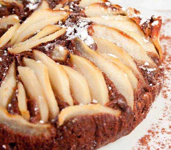 Pitét is bármikor készíthetsz a tél folyamán, a hagyományos összetevőket kombinálva egészen új ízeket varázsolhatsz az asztalra, próbáld ki körtés-csokis változatban is!