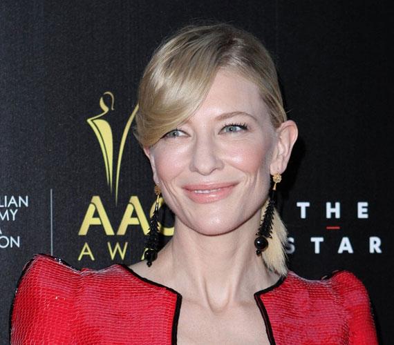 Cate Blanchett 44 éves, de 30-nak is simán elmenne.
