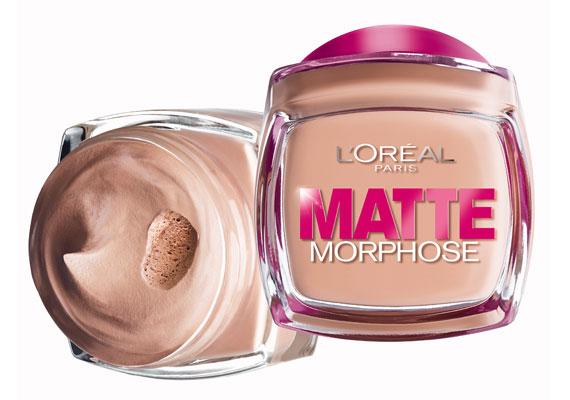 L'Oréal Matte Morphose - Az egyik legjobban eloszlatható - kézzel is - alapozó, hab állaga miatt nagyon könnyű dolgozni vele, de csak kevés kell belőle.