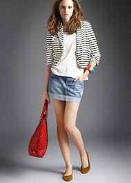 318f872297 A legdivatosabb tavaszi blézerek - Szépség és divat | Femina