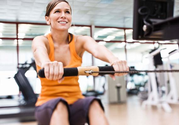 A testmozgás nemcsak az alakodnak, de a bőrtónusnak is jót tesz, feszesíti és a több oxigénhez juttatja.