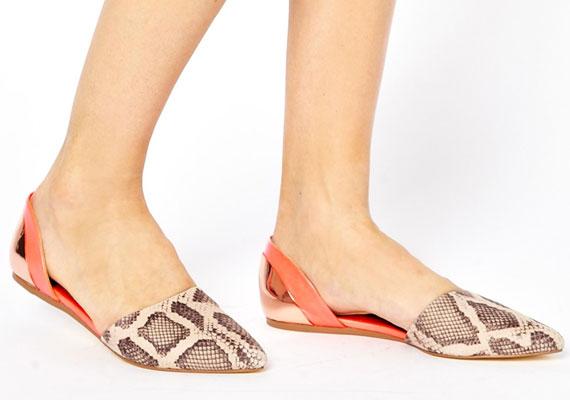A keleties papucscipők is divatosak lesznek, a kígyóminta pedig reneszánszát éli.
