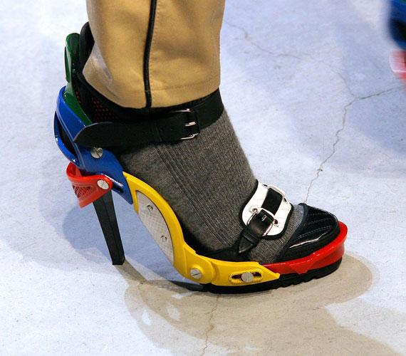 Ezt a Balenciaga cipőt több híresség is viselte, köztük Beyoncé.