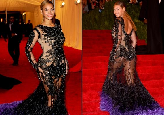 Beyoncé is híres telt idomairól, de olykor bizony átesik a ló másik oldalára, és túl sokat mutat nőies alakjából. Ez az átlátszó, ugyanakkor csicsás ruha kifejezetten ízléstelen volt.