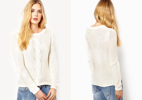 A nehéz, ugyanakkor tapadós pulóver még a legjobb alakot is egy perc alatt tönkreteszi optikailag.