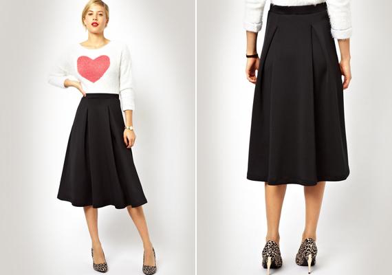 A fekete szoknya örök, és nagyon jól ki lehet használni. Vidám felsővel hétköznapokra, egyszínűvel, elegáns kiegészítőkkel alkalomra is remek választás.