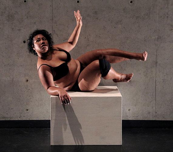 A Nothing to Lose darabban a koreográfusnak figyelnie kellett arra, hogyan mozog egy nagyobb test, és ezt beépíteni az előadásba.