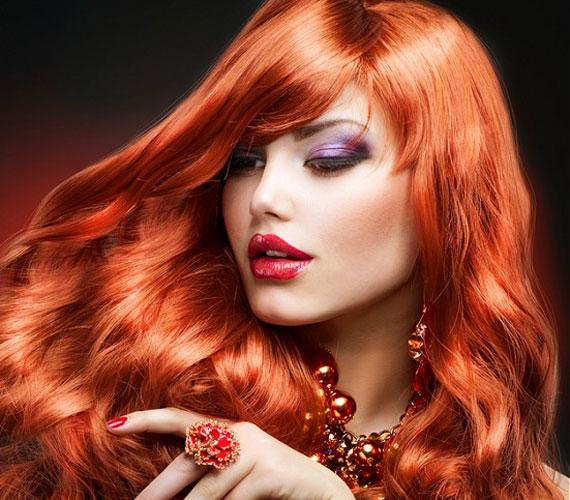 A vörös haj régen a bujaság szimbóluma volt, és bizony a mai napig sok férfi társít ehhez a hajszínhez erős szexualitást.