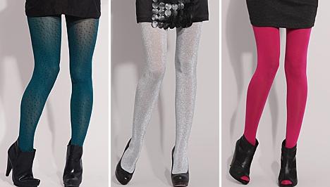 93e0485617 Így ezen a télen a ruhák és a szoknyák kispadra küldik a nadrágot, ellenben  karon fogják kedvenc kiegészítőjüket, a harisnyát.