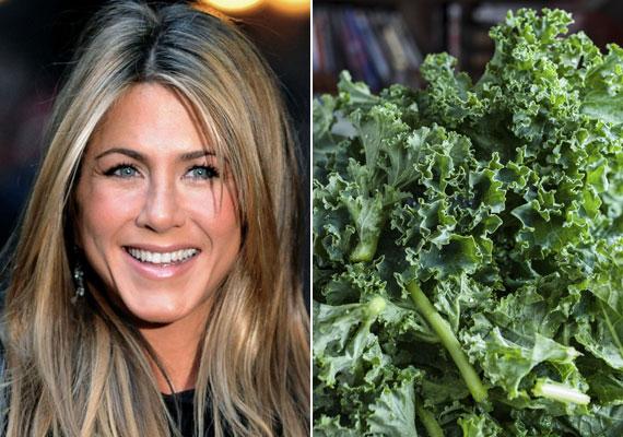 Jennifer Aniston sztriptízelt a Családi üzelmek című filmben, alakját pedig többek közt annak köszönheti, hogy sok leveles zöldséget evett, különösen leveles kelt.