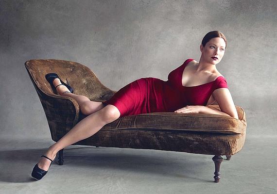 Annak ellenére, hogy nem kövér, Kate Dillon volt az első plus size modell, aki a Vogue hasábjain feltűnt.