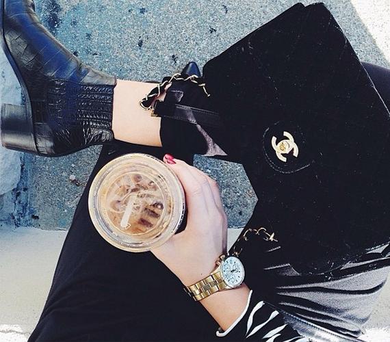 A jeges kávét kedveled? A te szekrényedben mindig ott virítanak a legújabb dizájnerdarabok, átlagos ruhákban nem is nagyon érzed jól magad. Úgy vagy vele, hogy inkább legyen néhány jutányos befektetésed - például egy Jimmy Coo cipő -, mint sok haszontalan.