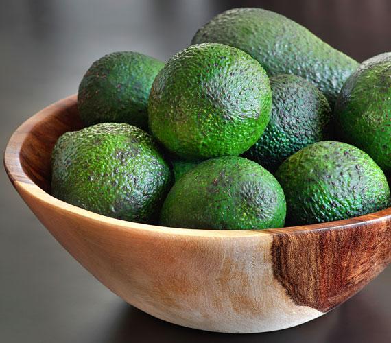 Az avokádóból készült pakolás eltünteti a ráncokat, a benne található E-vitamin pedig védi a bőrt.