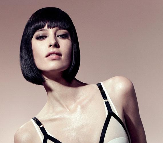 A Kleopátra-frizuránál nem gond, ha nem dús a hajad, anélkül is szép.