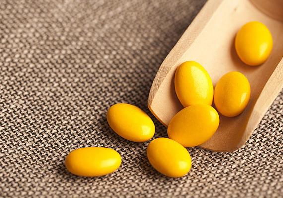 A belső odafigyelés is kulcsfontosságú: a C- és az E-vitamin antioxidáns-tartalmának köszönhetően leszámol a káros szabadgyökökkel, sőt, a kollagéntermelést is segíti.