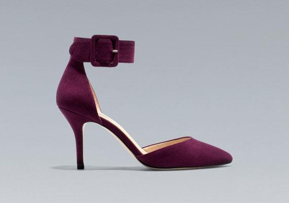 Bársonycipő, Zara, 9995 forint.