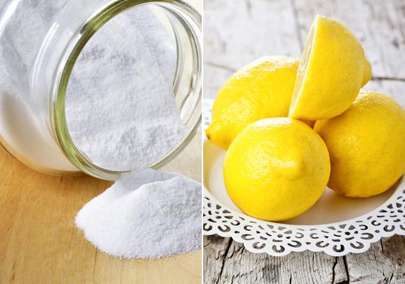 A szódabikarbóna és a citrom is jó korpa ellen. Bármelyiket is választod, hígítsd fel két rész vízzel, masszírozd a fejbőrbe, és várj körülbelül öt percig. Utána samponnal megmoshatod a hajadat. Ezzel egyszerre fertőtlenítheted a bőrt, és megtisztíthatod az elhalt hámsejtektől.