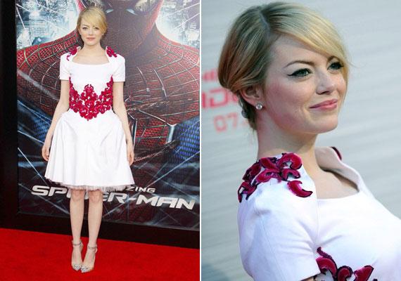 Emma Stone a Pókember premierjén viselte ezt az izgalmas Chanel ruhát - nem csoda, hogy dobogós helyen végzett a listán.